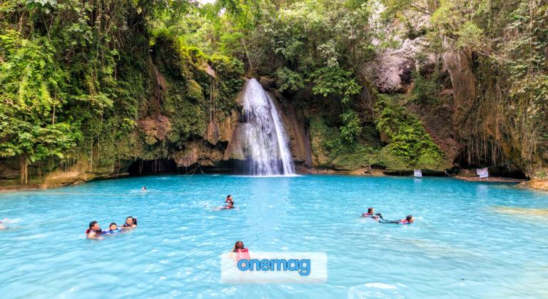 Le cascate Kawasan sull'isola di Cebu nelle Filippine