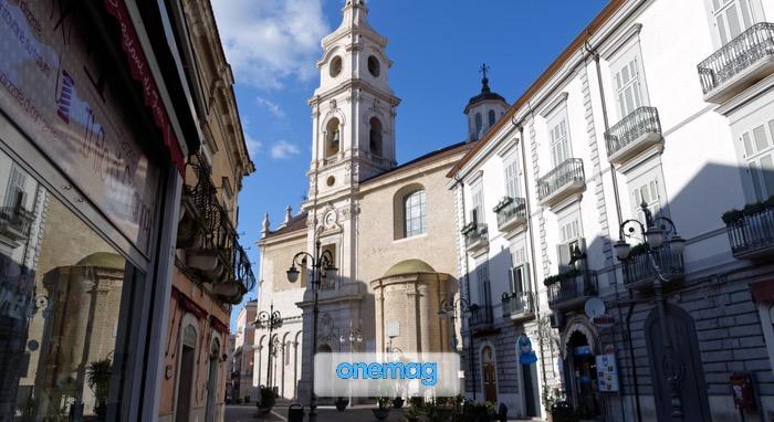 Cosa vedere a Foggia, visuale del centro storico da Via Duomo rivolta sul retro della Cattedrale cittadina