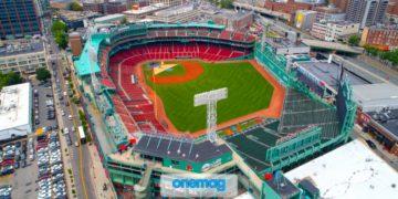 Immagine aerea dello stadio sportivo di Fenway Park, sede dei Boston Red Socks