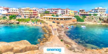 Vista sulla città di Isola di Capo Rizzuto sul Mar Ionio