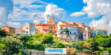 Panorama sul centro storico di Castelnuovo Cilento, in Campania